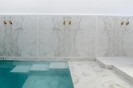 swimmingpool design mirror marble royal wall viabizzuno