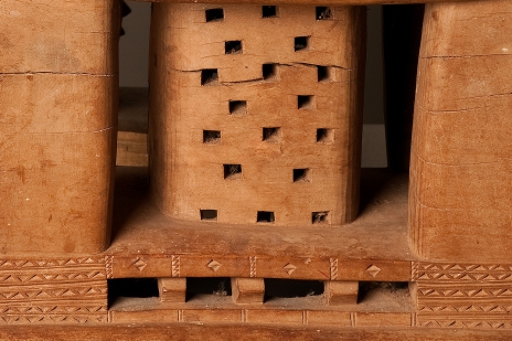 Ashanti stool detail