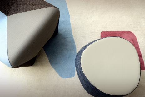 graphic pouf chair rug
